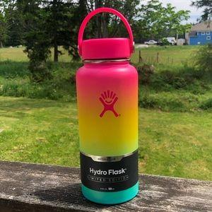 Limited Edition Hydro Flask Hawaiian Rainbow